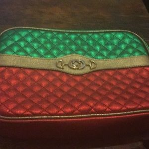 Red green and gold Gucci shoulder bag like new